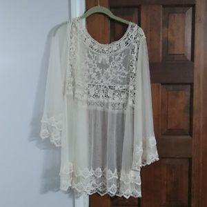 Beige Lace & Mesh Indigo Soul shirt sz Med